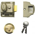 Yale 77 Traditional Nightlatch Electo Nickle Brass Brass Cylinder 60mm Backset Boxed