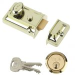 Yale 77 Traditional Nightlatch Brasslux Finish 60mm Backset Boxed