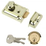 Yale P77 Traditional Nightlatch Brasslux 60mm Backset Visi Pack